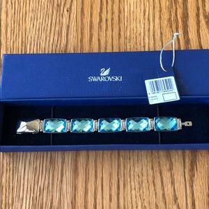 *RARE* NWT Swarovski Nirvana Turquoise Bracelet M